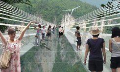 Najdłuższy na świecie szklany most nową atrakcją parku Zhangjiajie