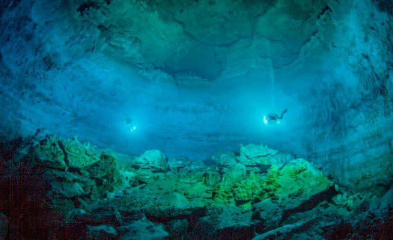Nurkowie badają jaskinię z niezwykłą kolekcją skamieniałości z epokilodowcowej