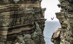 Cliff Diving powraca do korzeni - High Diverzy będą skakać ze skał na portugalskich Azorach