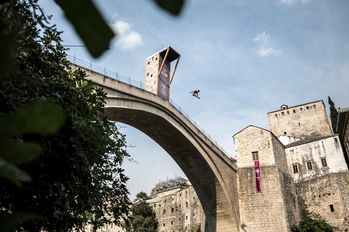 Siódmy przystanek Red Bull Cliff Divingna jednym z najpiękniejszych mostów świata