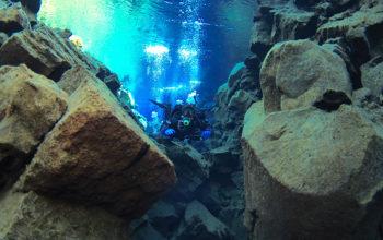 Islandia - kraina lodowców, gejzerów, szalejących wodospadów i buchających wulkanów