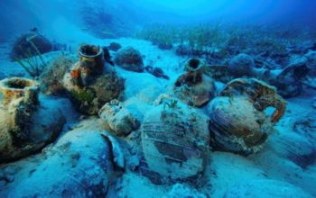 Archeolodzy odkryli około 60 wraków w tym wiele antycznych zabytków
