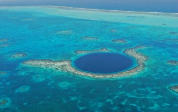 Fabien Cousteau i Sir Richard Branson wyruszą z misją zbadania tajemnic głębi Blue Hole