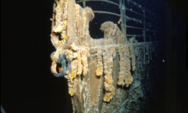 Titanic zamienia się w rdzawy pył