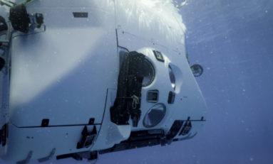 Victor Vescovo zanurzył się na głębokość  8 376 metrów