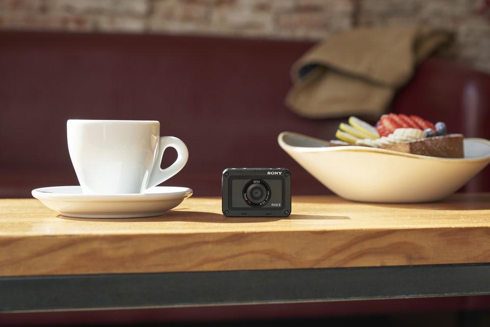 Nowa kamerka sportowa RX0 II