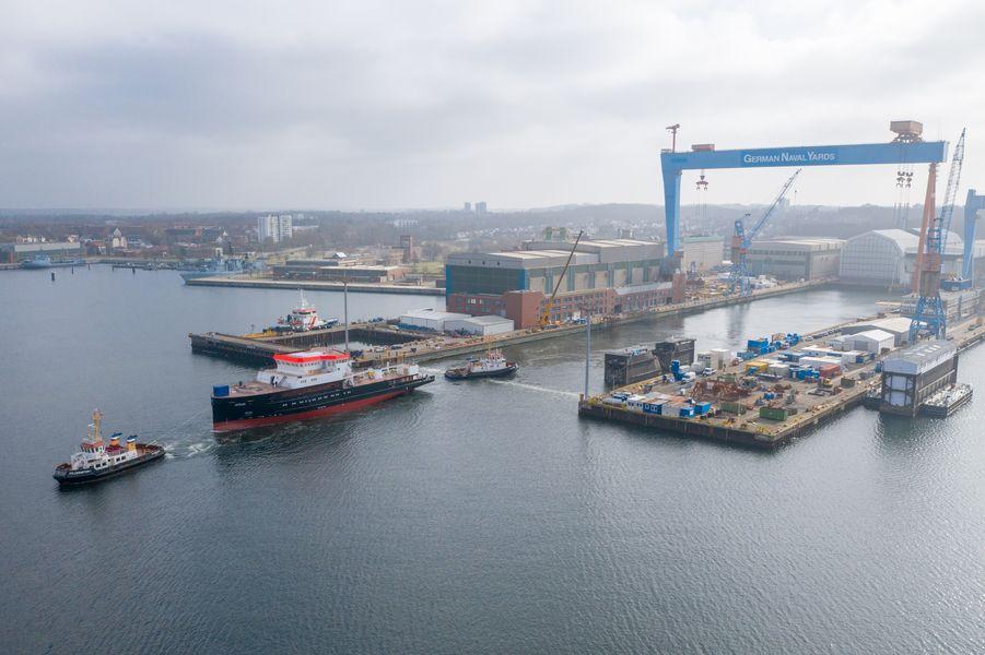 Okręt badawczy do poszukiwań wraków napędzany LNG