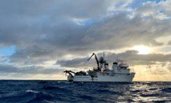 Five Deeps Expedition na dnie Rowu Tonga